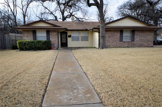 Photo of 301 S Horne Street  Duncanville  TX