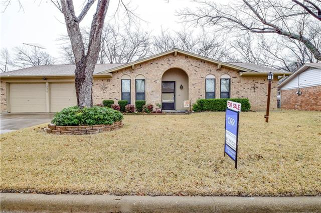 Photo of 226 NW Suzanne Terrace  Burleson  TX