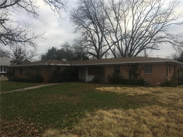 Photo of 1309 S Pine Street  Brady  TX