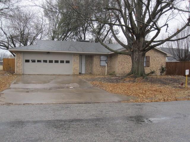 Photo of 414 W Mclain Drive  Sherman  TX
