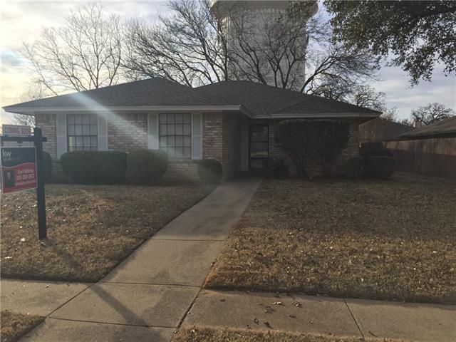 Photo of 2901 Lemon Lane  Euless  TX