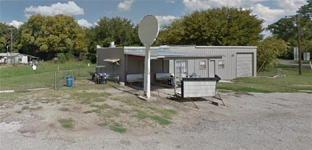 Photo of 101 E Maple Street  Ravenna  TX