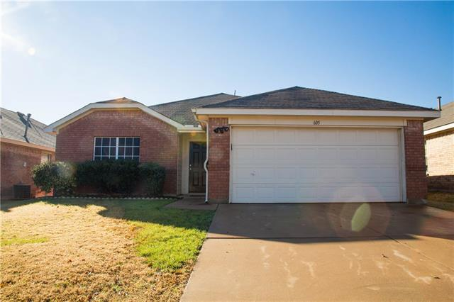 Photo of 605 Pineview Lane  Fort Worth  TX