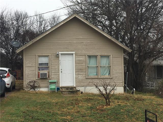 Photo of 425 S Belknap Street  Stephenville  TX