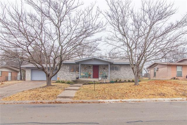 Photo of 208 Case Street  Weatherford  TX