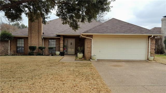Photo of 1517 Sunny Glen Street  Fort Worth  TX
