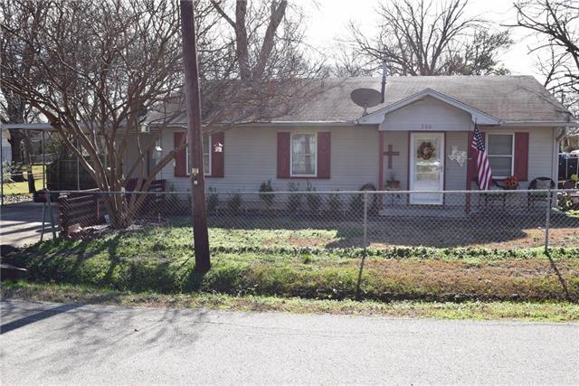 Photo of 300 E 1st North Street  Kaufman  TX