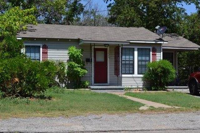 Photo of 1425 W Groesbeck Street  Stephenville  TX