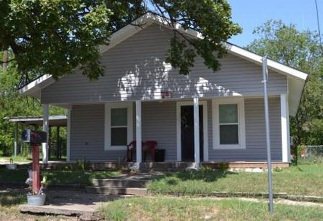Photo of 741 W Long Street  Stephenville  TX