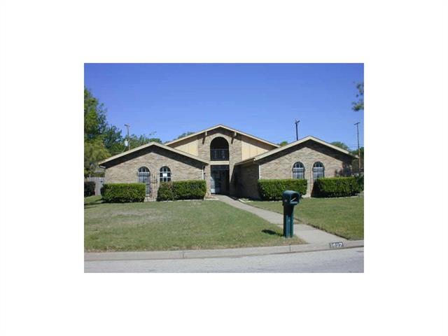 Photo of 1437 High Ridge Road  Benbrook  TX