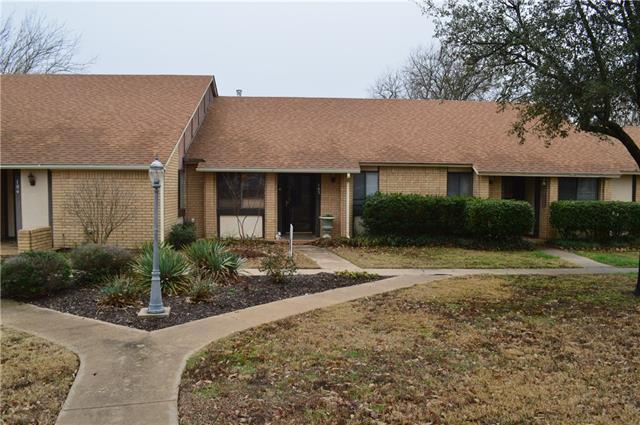 Photo of 801 W Russell Avenue  Bonham  TX