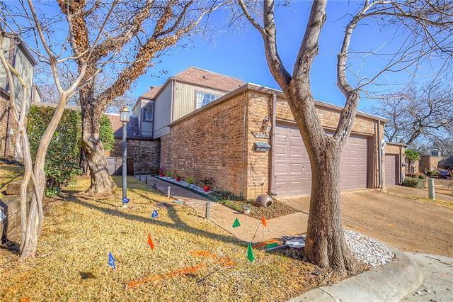 Photo of 2713 Fairway Park Street  Grand Prairie  TX