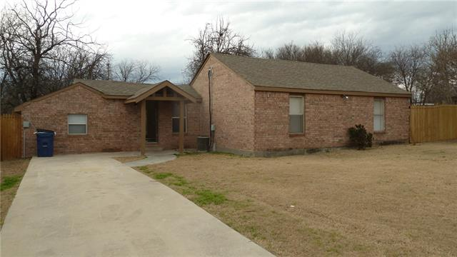 Photo of 1507 N Cates Street  Decatur  TX