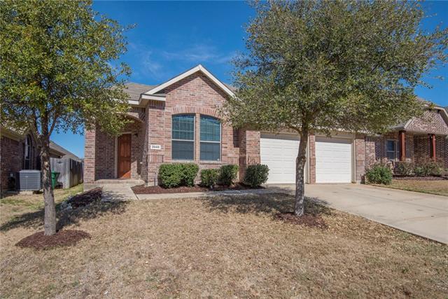 3945 Long Hollow Rd, Roanoke, TX 76262
