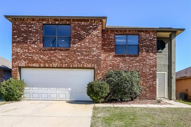 Photo of 3401 Chapel Pointe Trail  Fort Worth  TX