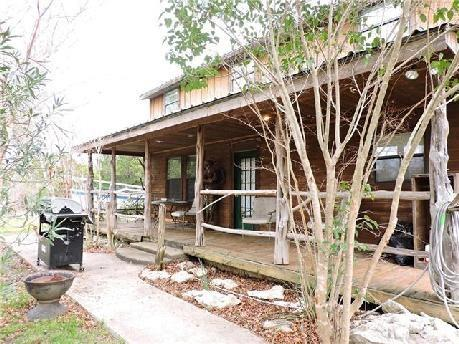 Photo of 105 County Road 1625  Clifton  TX