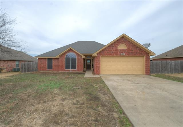 Photo of 428 Madison Place  Ponder  TX
