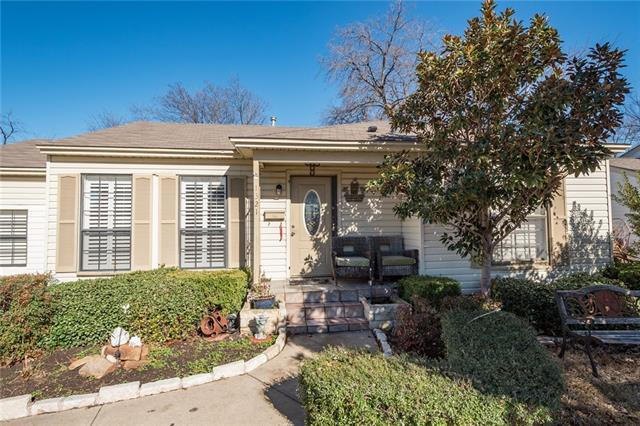 Photo of 1321 Lakeside Drive  Garland  TX