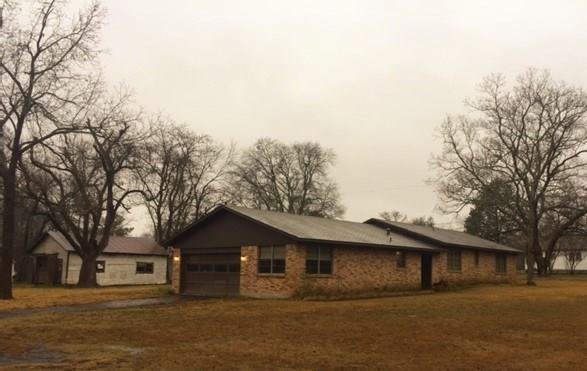Photo of 800 W Tremont Street  Grand Saline  TX