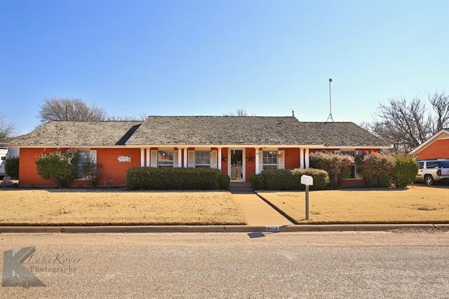 Photo of 603 Kelley Street  Stamford  TX