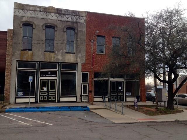 Photo of 102 E Main Street  Whitesboro  TX