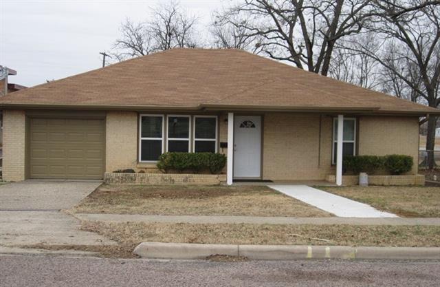 Photo of 113 4th Street  Whitesboro  TX