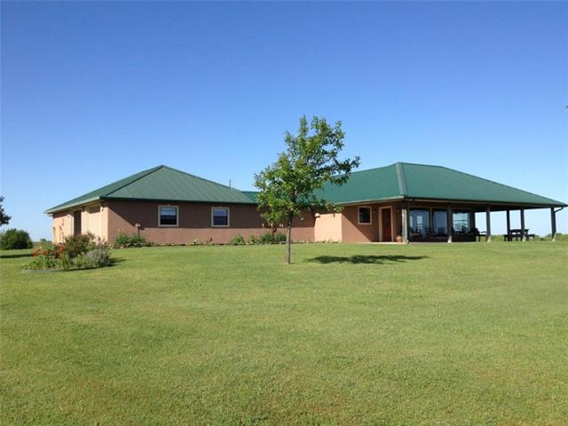 Photo of 307 Black Road  Petrolia  TX