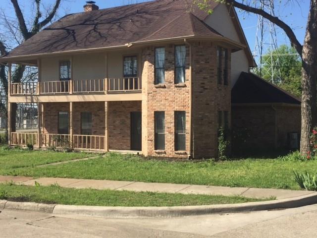 Photo of 105 Pecan Grove  Lancaster  TX
