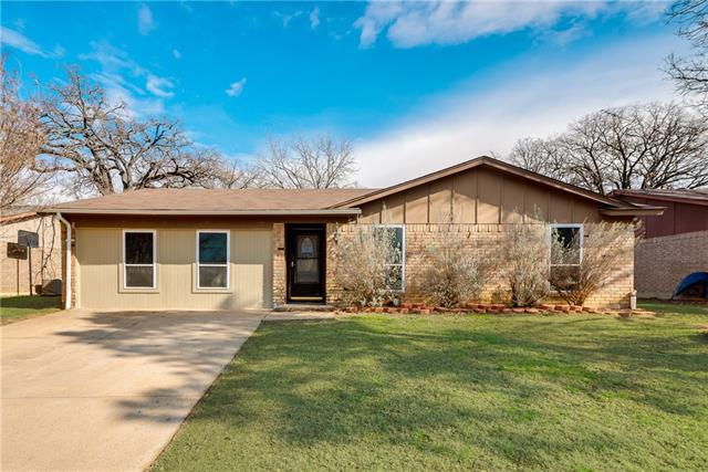 Photo of 2703 Mintwood Place  Arlington  TX