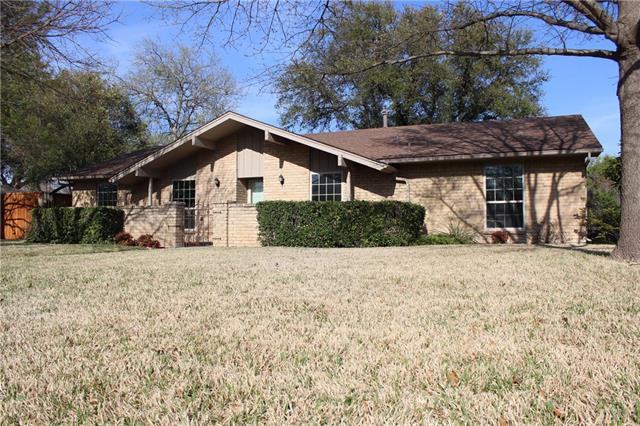 Photo of 14922 Spring Creek Road  Dallas  TX