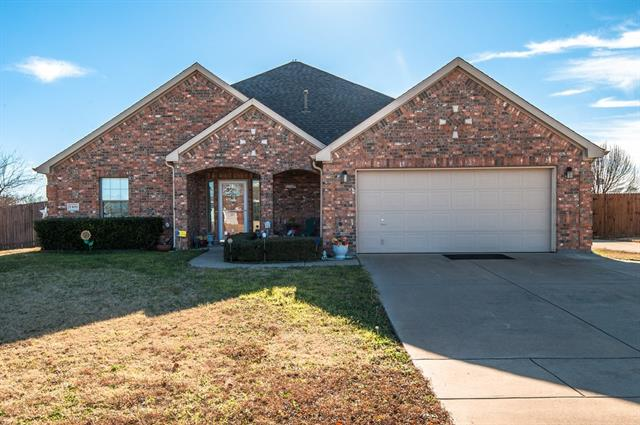 Photo of 1309 Valley Drive  Justin  TX