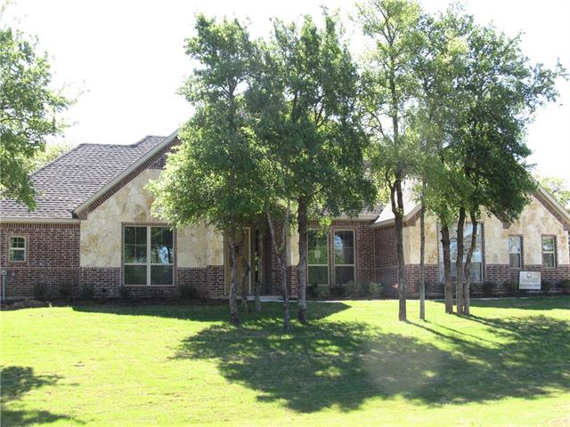 Photo of 601 S Sugartree Drive  Lipan  TX