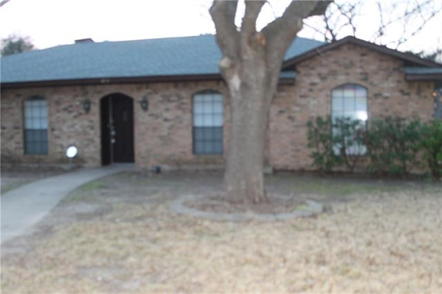 Photo of 431 Buckingham Place  DeSoto  TX