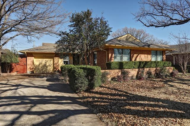 Photo of 514 Westwood Drive  Richardson  TX