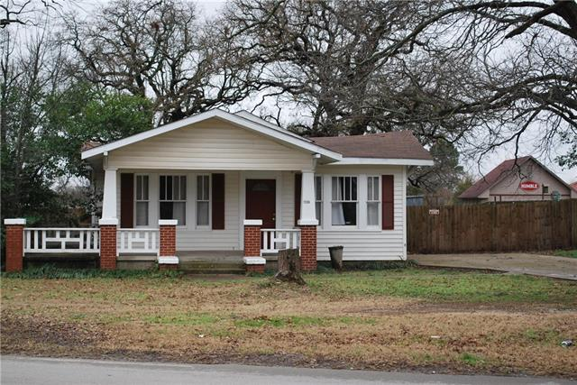 Photo of 1506 E Bankhead Drive  Weatherford  TX