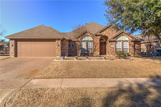 Photo of 10512 Whitestone Ranch Road  Benbrook  TX