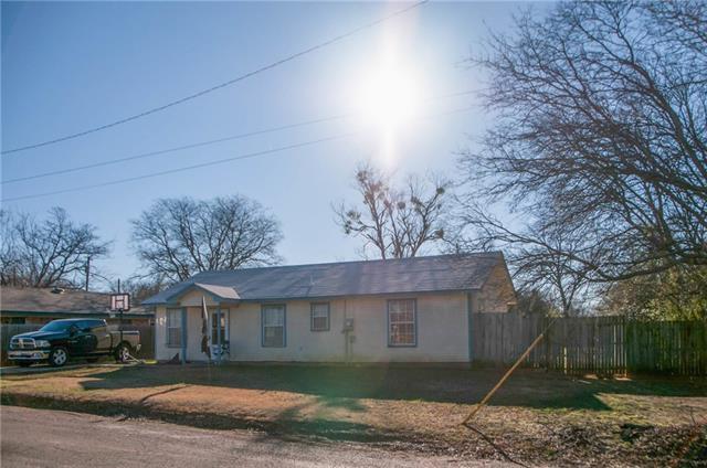 Photo of 406 CRANE Avenue  Cleburne  TX