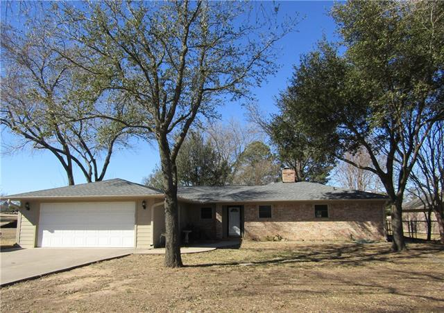 Photo of 114 Kiowa Dr W  Lake Kiowa  TX