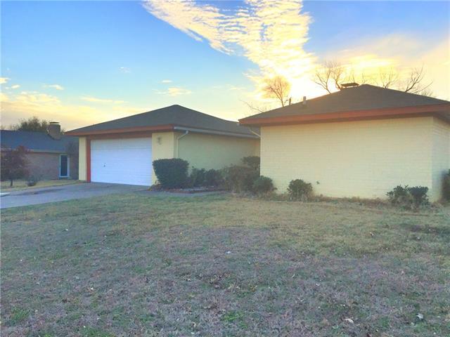 Photo of 2308 Lavon Creek Lane  Arlington  TX