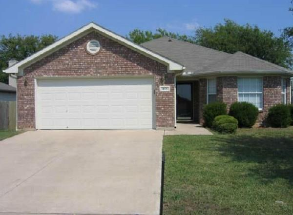 Photo of 1804 Cancun Drive  Mansfield  TX
