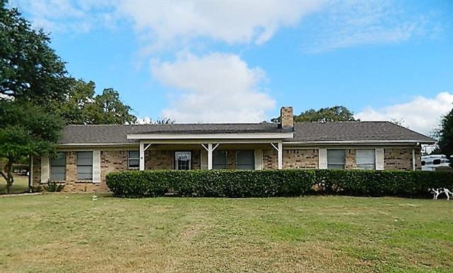 Photo of 2284 Tanglewood Street  Weatherford  TX