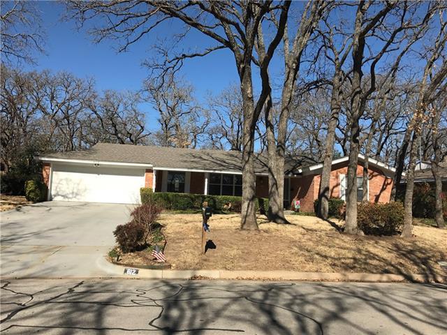 Photo of 612 W Pleasantview Drive  Hurst  TX