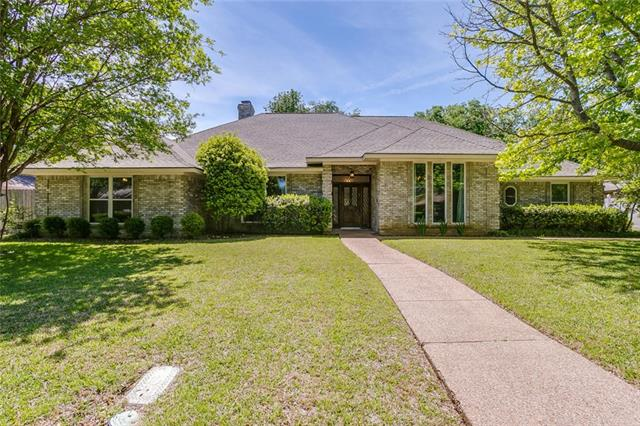 Photo of 6809 Meadows West Drive S  Fort Worth  TX