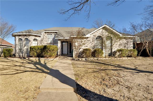 Photo of 8813 Briarwood Drive  Rowlett  TX