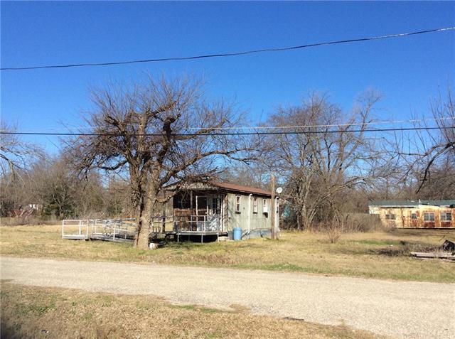 Photo of 412 E Witt Street  Wolfe City  TX