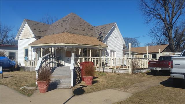 Photo of 400 W Main Street  Honey Grove  TX