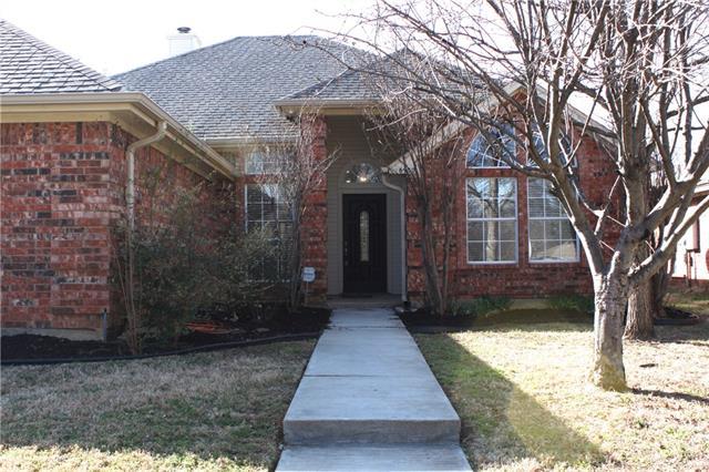 Photo of 6900 Thornbird Lane  Arlington  TX