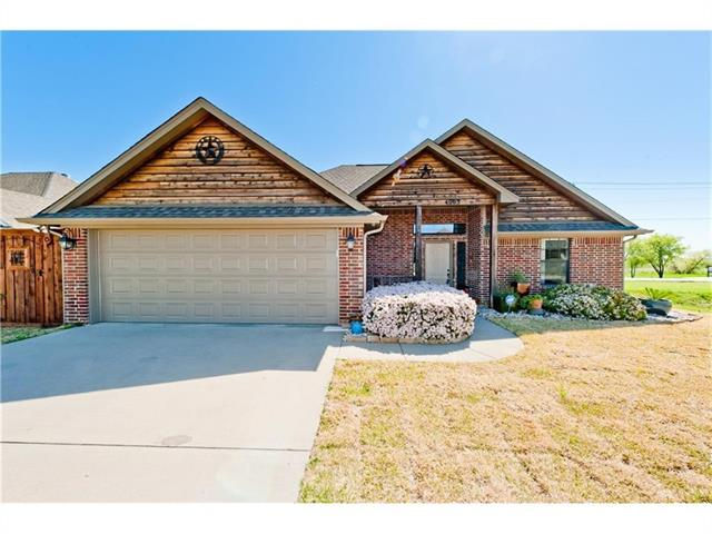 Photo of 4003 Windmill Drive  Sanger  TX