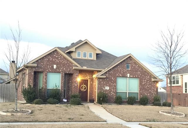 Photo of 6629 Meadow Glen Drive  Midlothian  TX