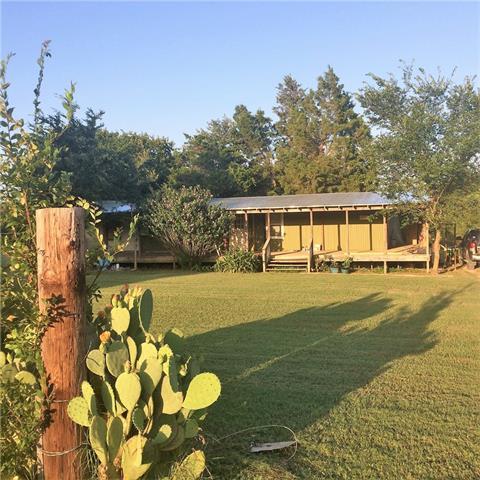 Photo of 711 Eastern Valley Lane  Whitesboro  TX